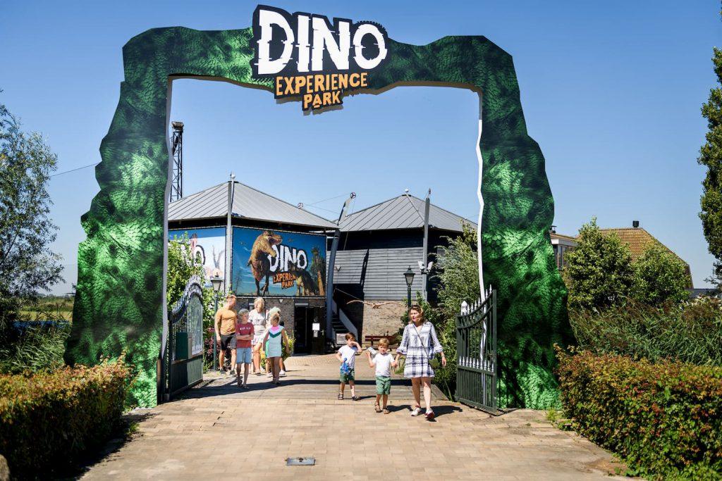 Kinderopvang uitstapje dinopark